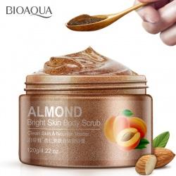 Пилинг-скраб для тела с миндалем Bioaqua