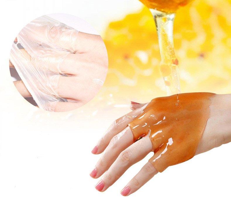Парафиновая маска для рук с мёдом и молоком Bioaqua